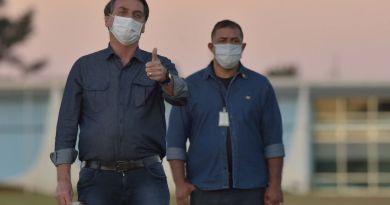 Vuelve Bolsonaro a dar positivo a COVID-19