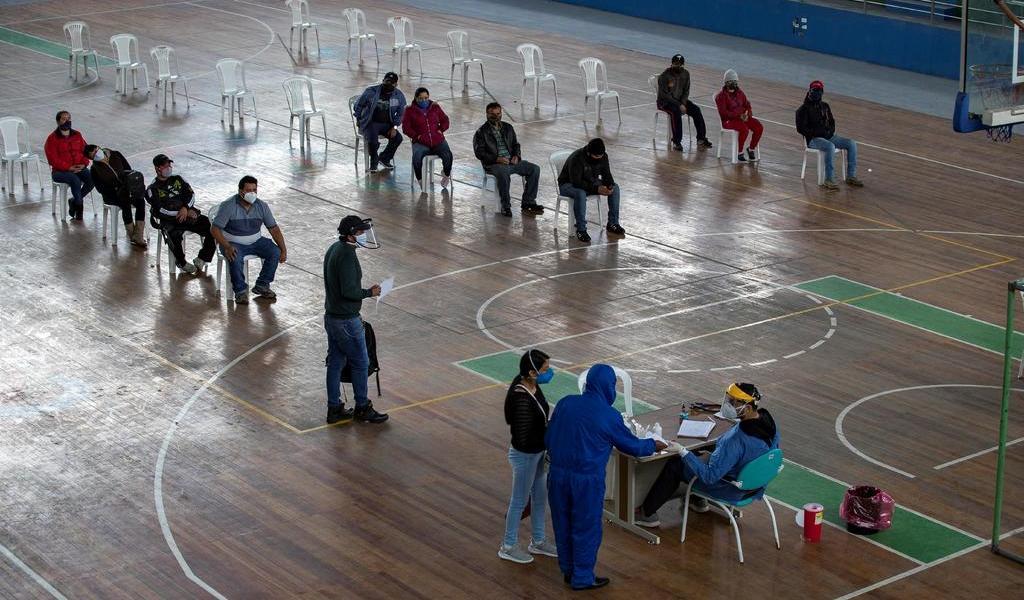 Suma Ecuador 84,370 casos de COVID-19