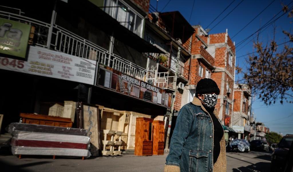 Extiende Argentina medidas de aislamiento hasta el 16 de agosto