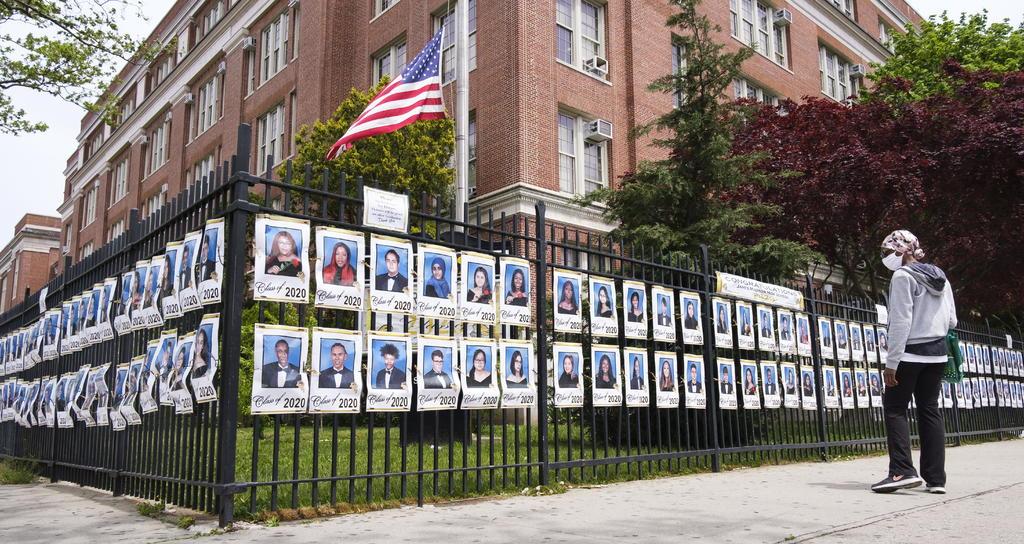 Advierte Nueva York que no reabrirá escuelas si casos de COVID-19 llegan al 3 %