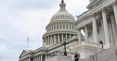 Da positivo a COVID-19 segundo congresista de Estados Unidos