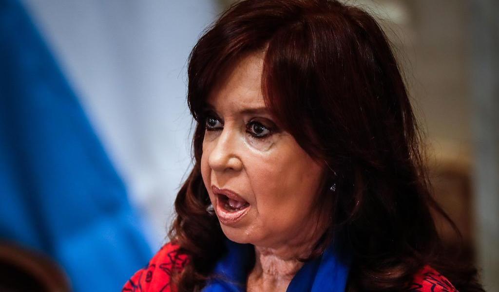 Reanudan juicio contra Cristina Fernández por supuesta corrupción