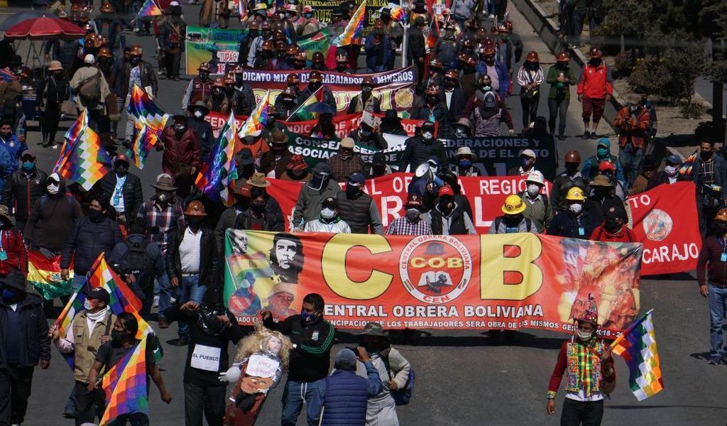Protestan contra nueva fecha de elecciones en Bolivia