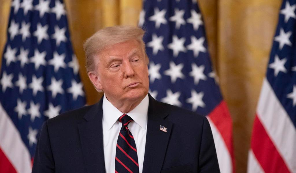 Crecen diferencias entre Trump y expertos