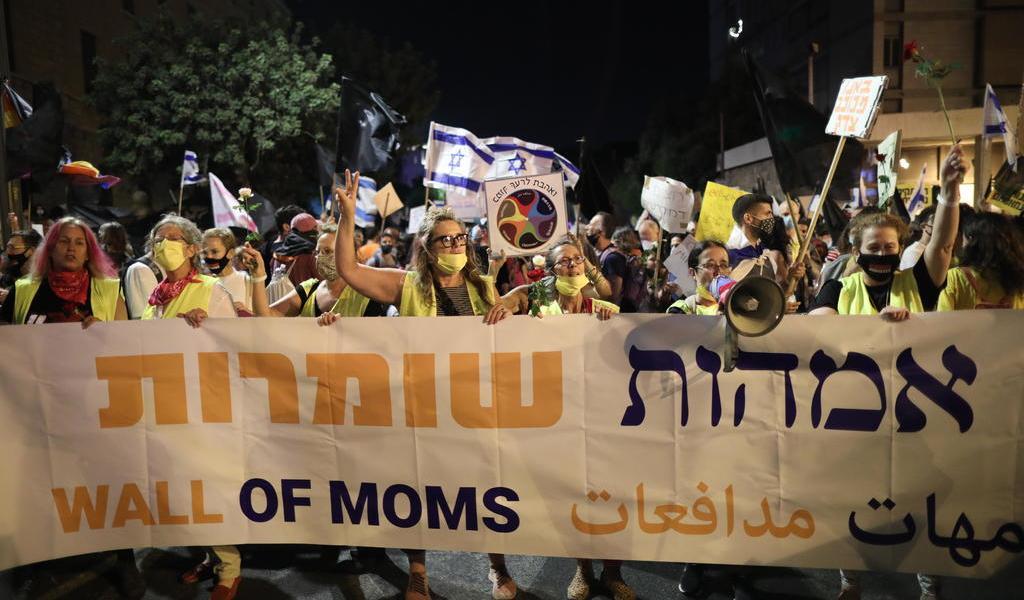 Miles de manifestantes protestan en Israel de nueva cuenta en contra de Netanyahu