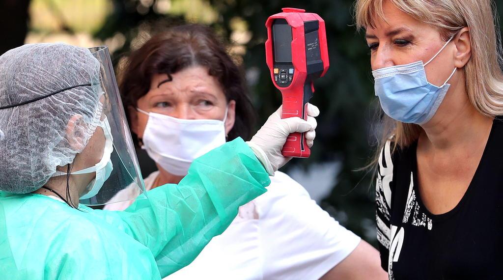 Casos de COVID-19 llegarán a 20 millones esta semana, estima la OMS