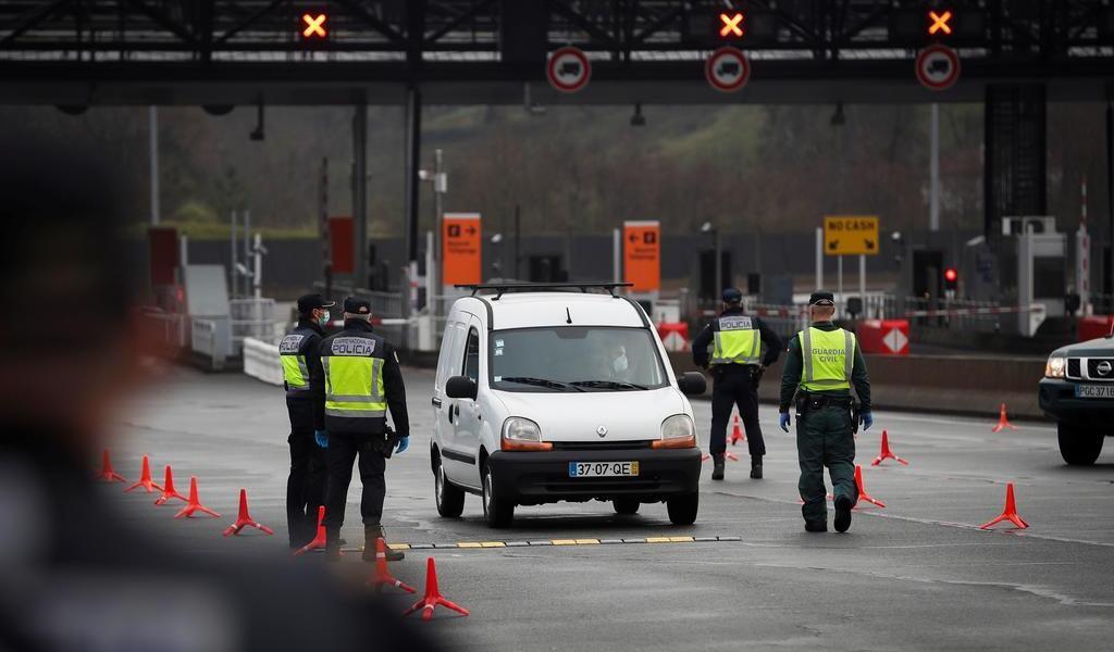 Analiza EUA bloquear entrada desde México de ciudadanos con COVID-19