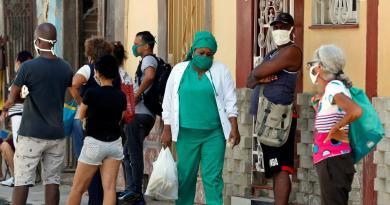 Suma Cuba otros 56 casos de COVID-19; la mayoría en La Habana