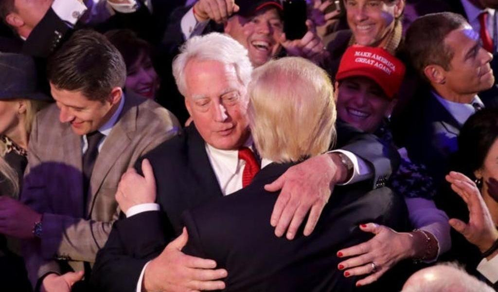 Hospitalizan en Nueva York al hermano menor de Trump