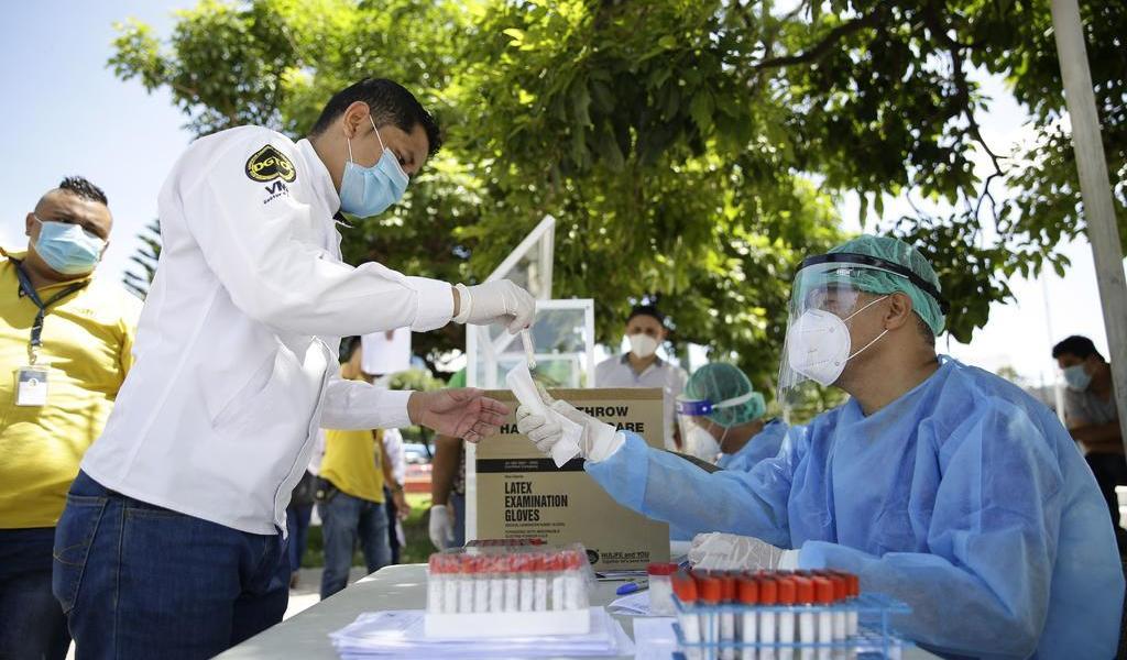 Registra El Salvador casi 600 muertes por COVID-19
