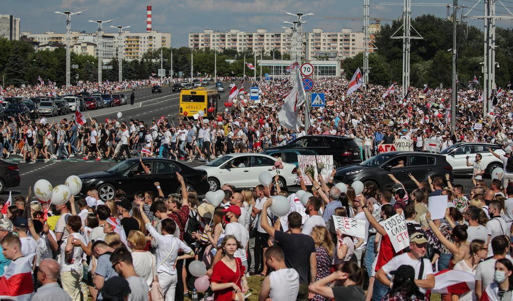 Busca Francia que haya un diálogo nacional en Bielorrusia
