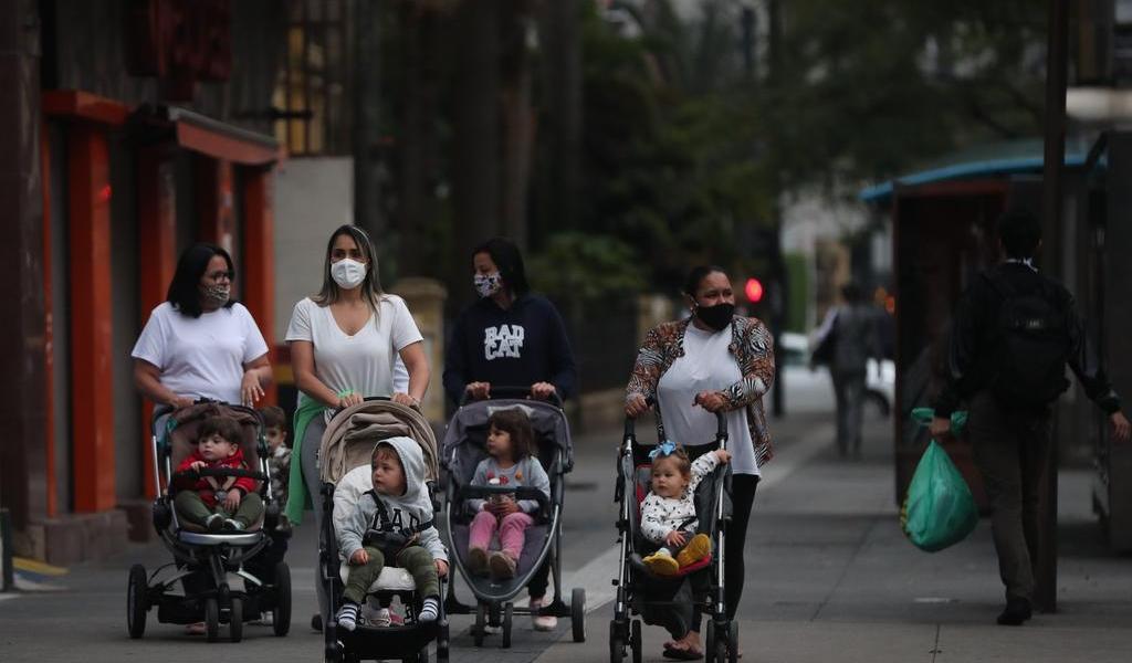 Brasil supera las 114 mil muertes por COVID-19
