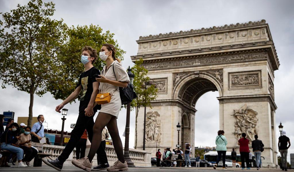 Registra Francia más de 5 mil casos de COVID-19 ante fuerte progresión del virus