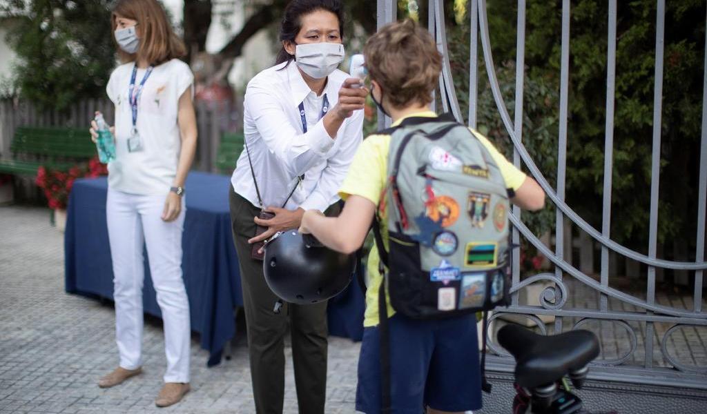 Rebasa España los 470 mil casos de COVID-19
