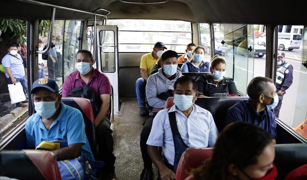 Acumula El Salvador 26 mil contagios de COVID-19