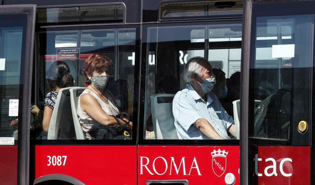 Supera Italia los 274 mil contagios de COVID-19