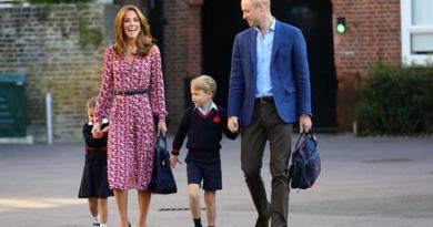 Príncipe William celebra el regreso a clases