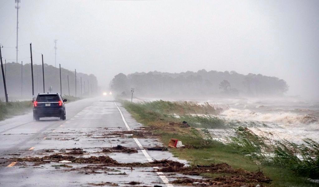 Alertan de posibles inundaciones 'históricas' por el huracán 'Sally'
