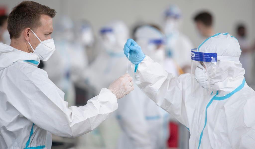 Registra OMS cerca de 31 millones de casos globales de COVID-19