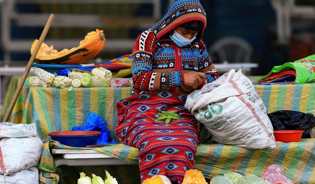 Reporta Ecuador 129,892 casos de COVID-19