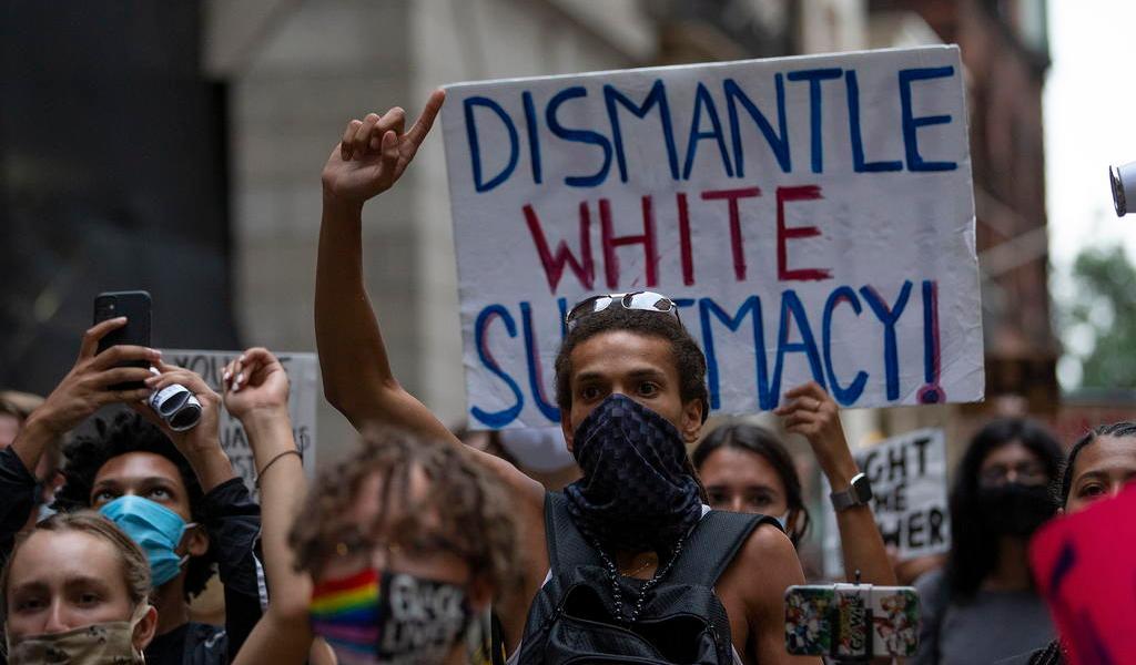 Protestan en EUA por ausencia de cargos tras la muerte de una mujer negra