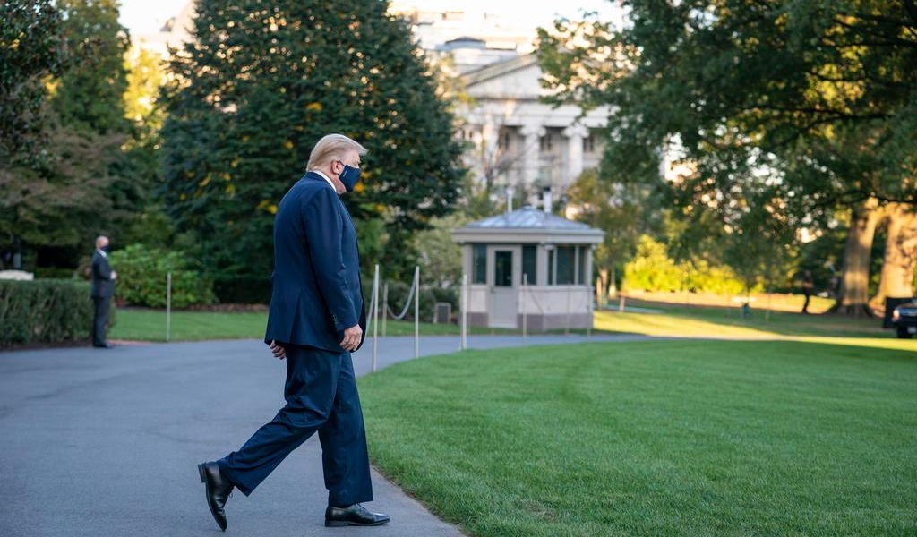 Donald Trump hace su primera aparición tras dar positivo a COVID-19