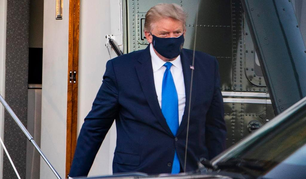 'Signos vitales de Donald Trump han sido muy preocupantes en últimas 24 horas'