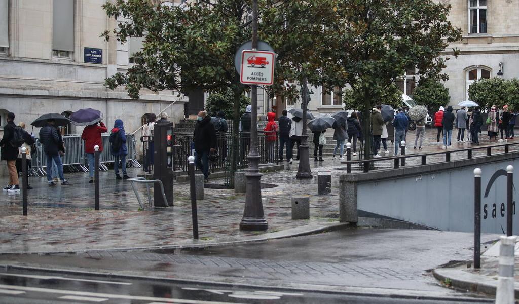 Registra Francia récord de contagios; suma más de 20 mil en el último día