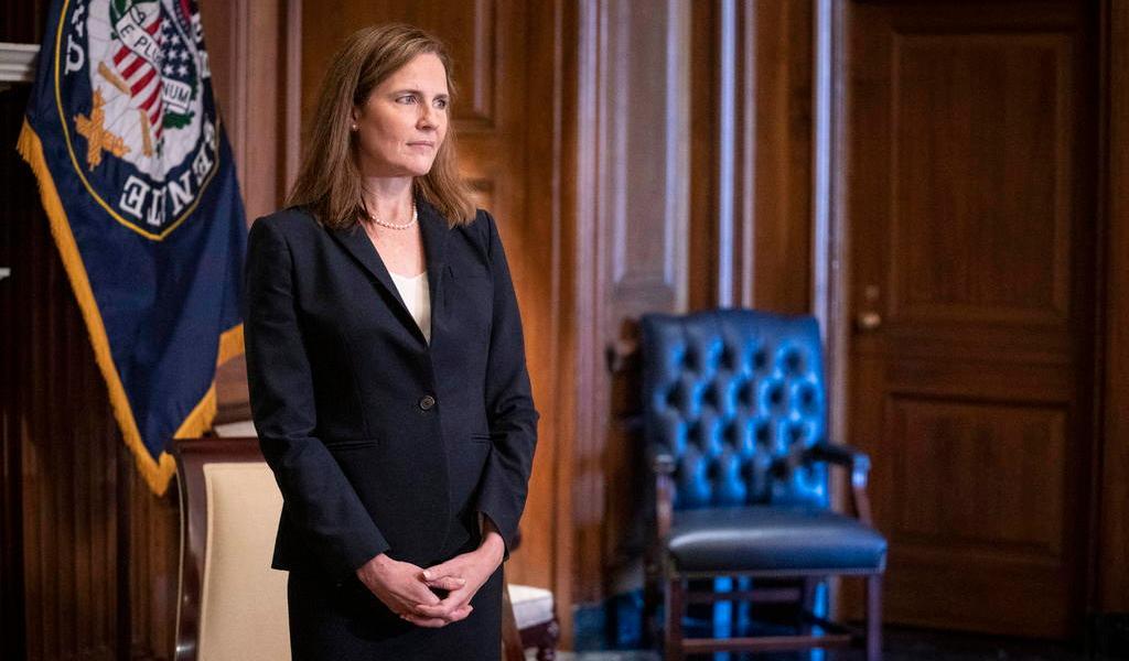 Confirma Senado de EUA a Amy Coney Barrett como jueza de la Corte Suprema