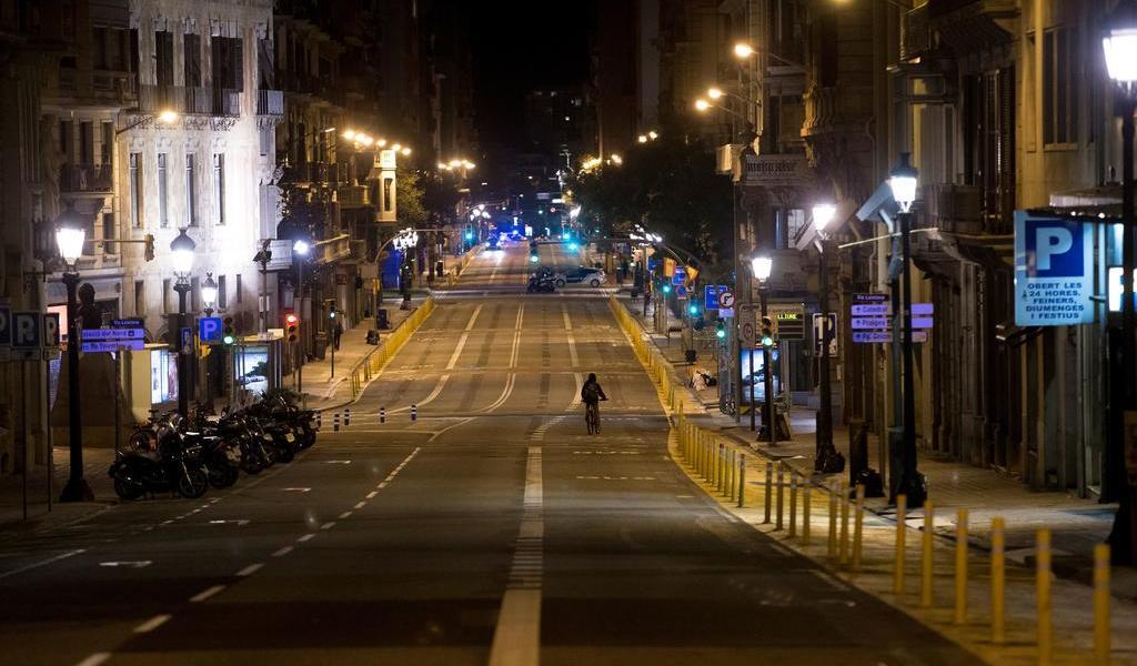 Habrá estado de emergencia en España hasta mayo por COVID-19
