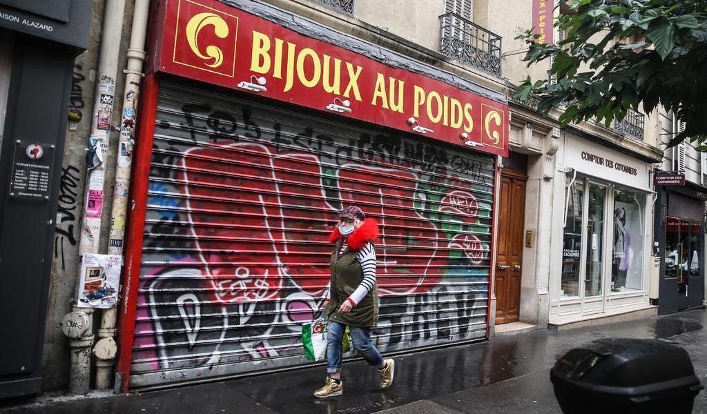 Registra Francia 418 muertes en un día; una de sus peores cifras