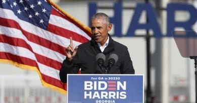 'A votar como si la vida dependiera de ello', anima Obama