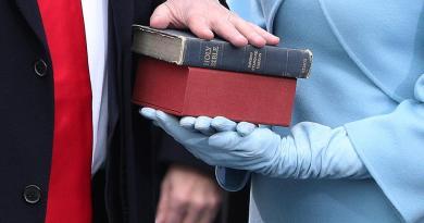 ¿Por qué los presidentes de Estados Unidos juran ante la Biblia?