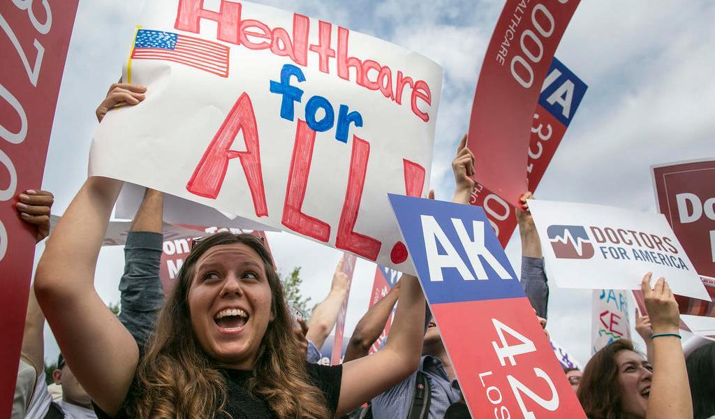 Biden anuncia defensa de la ley de salud Obamacare