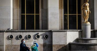 Ritmo de contagios en Francia confirma su descenso