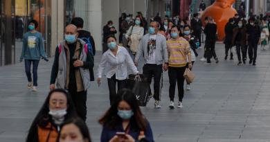 China suma 8 nuevos casos importados de COVID-19
