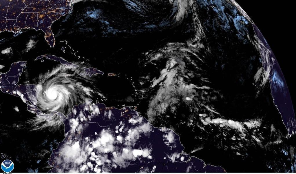 Huracán 'Iota' alcanza categoría 4 y se acerca a Centroamérica