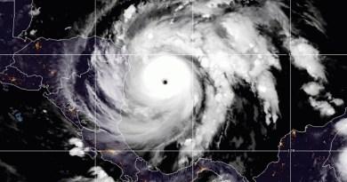 Huracán Iota toca tierra en Nicaragua