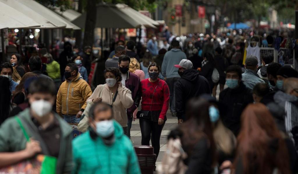 Registra Chile casi cien muertos por COVID-19; la cifra más alta en dos meses