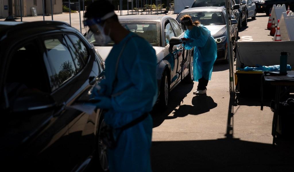 Cifras de infecciones a COVID serán erráticas en EUA, según expertos