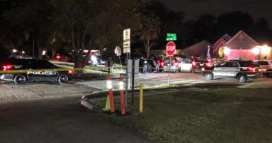 Rescatan a 30 personas en caso de posible tráfico en Texas