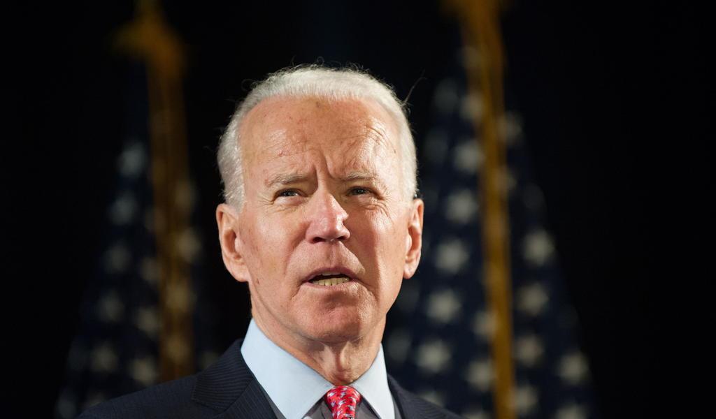 Debe Biden aplicar estrategia amplia contra COVID-19: expertos