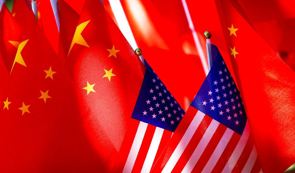 EUA sanciona a empresas chinas y emiratíes por ayudar a Irán con petroquímicos