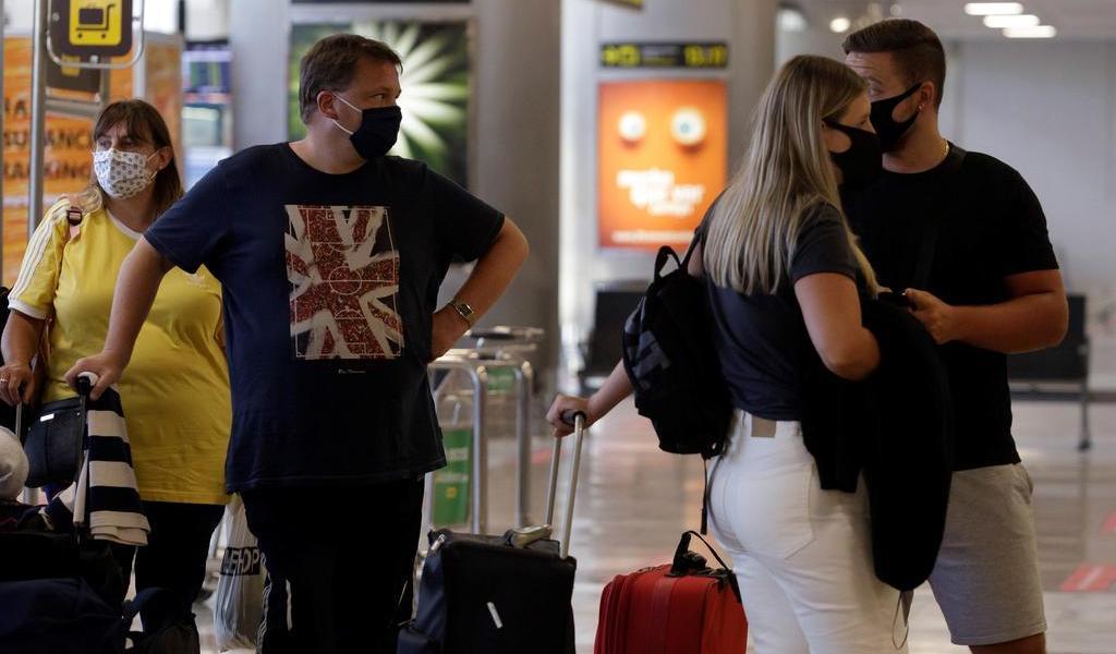 El Salvador prohíbe ingreso a viajeros de Reino Unido por nueva cepa de coronavirus