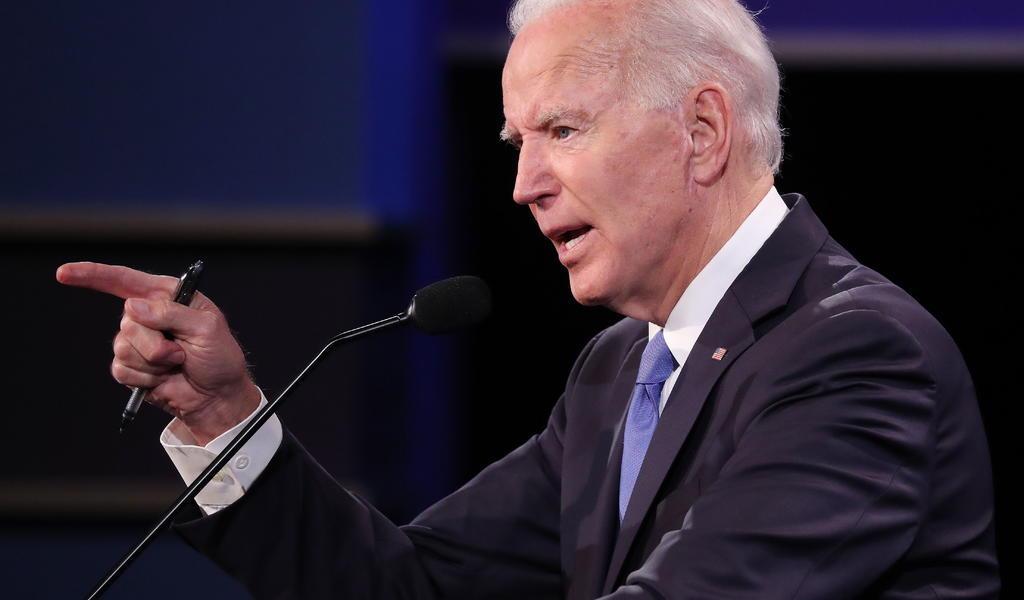 Afirma Biden que días más oscuros de la pandemia 'están por llegar' en EUA
