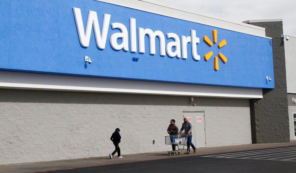 Gobierno de EUA demanda a Walmart por contribuir en la crisis de opioides
