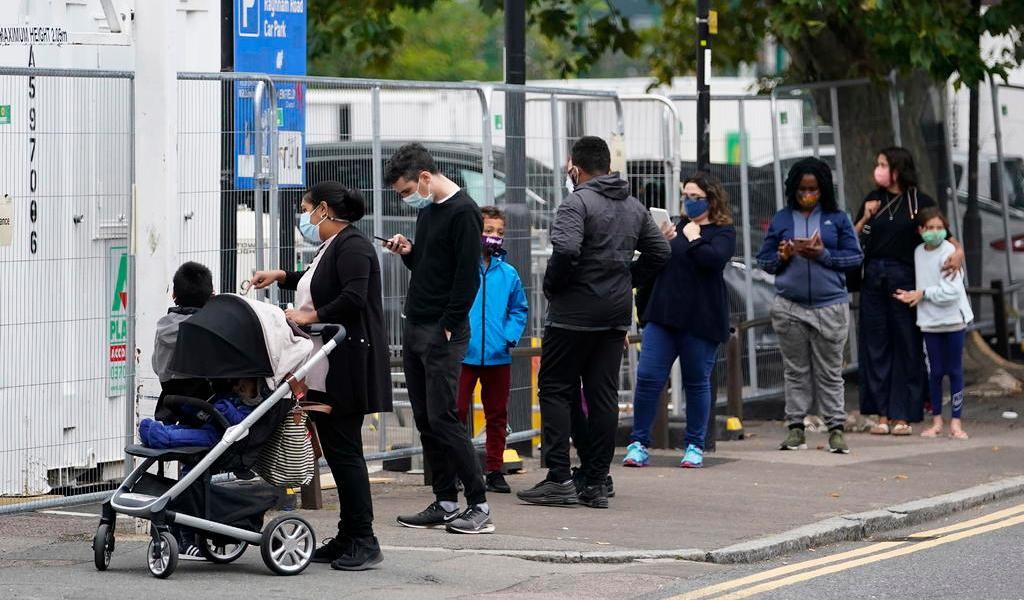 Reino Unido pasa a ser el segundo país con más casos diarios de COVID-19
