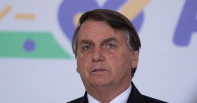 Critican con dureza a Bolsonaro tras burlarse de la tortura sufrida por Rousseff