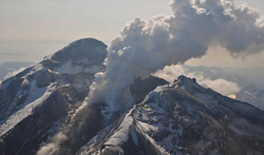 Presenta actividad volcán Soufriere en San Vicente y las Granadinas