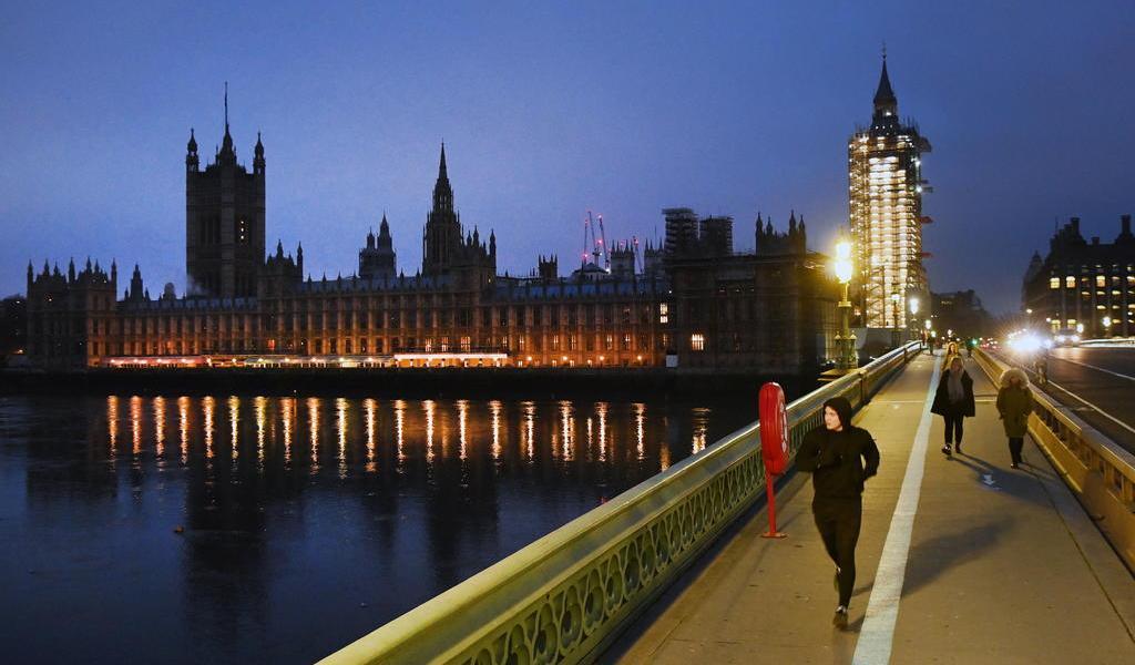 Reino Unido formaliza su separación económica de la Unión Europea